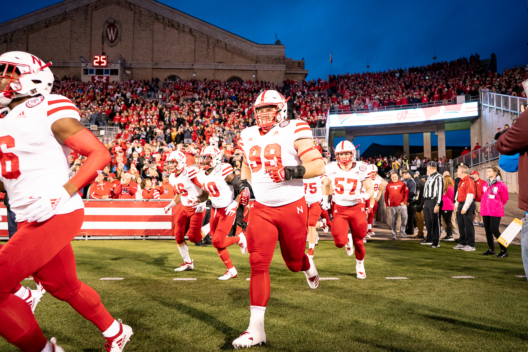 PB180913_FB_Nebr_vs_Wisconsin_3073_paul bellinger boise editorial photographer, huskers 2018 fb.jpg