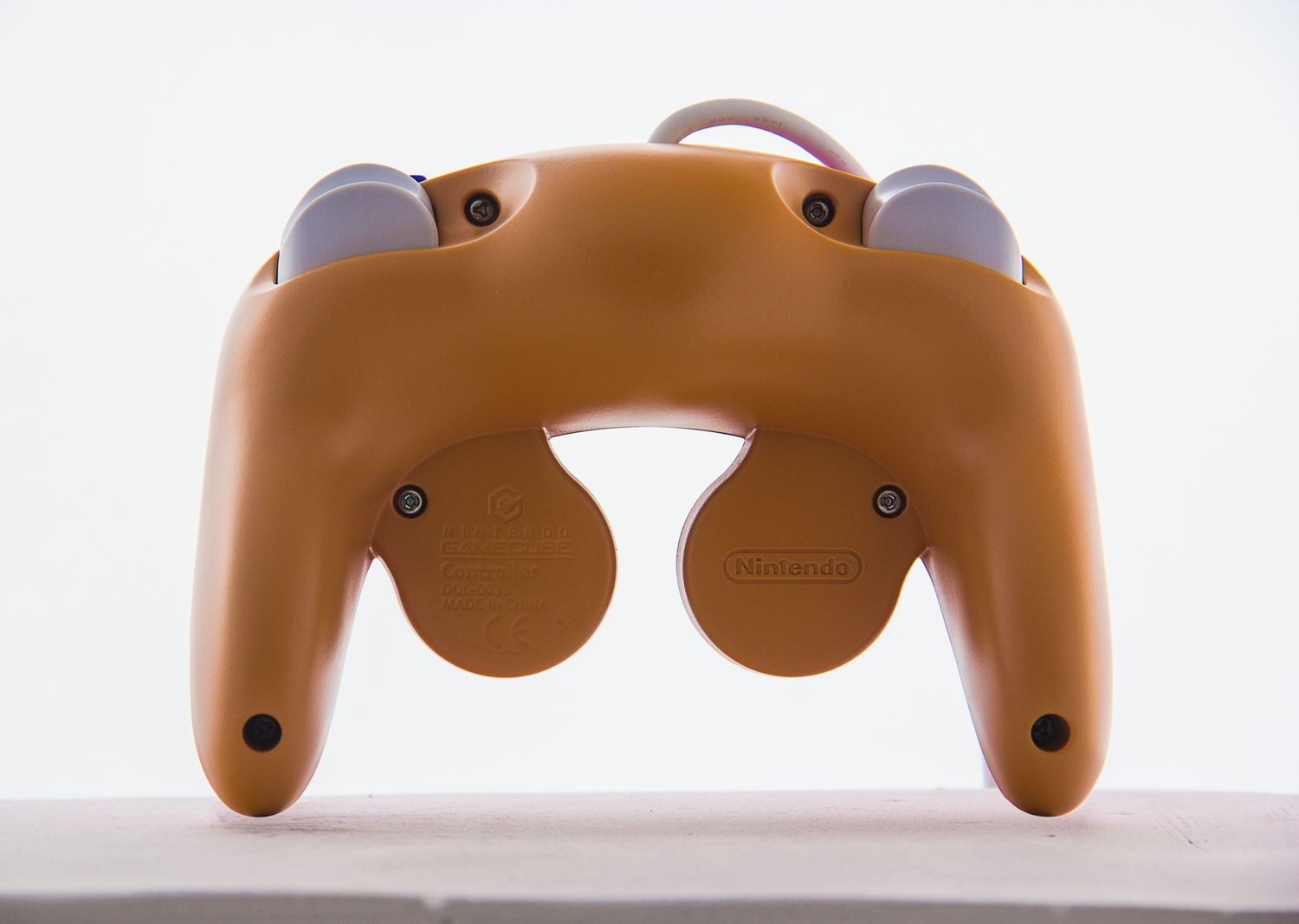 CONTROLLER-BACK.png