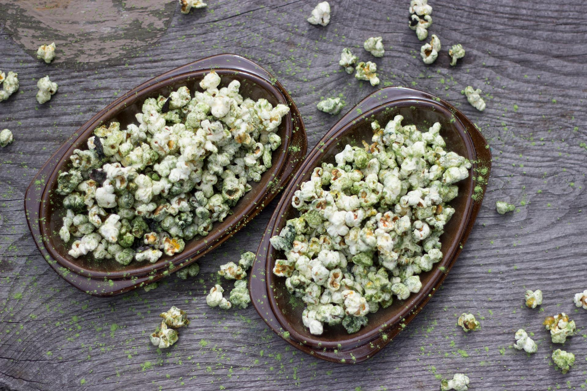 spirilina-popcorn