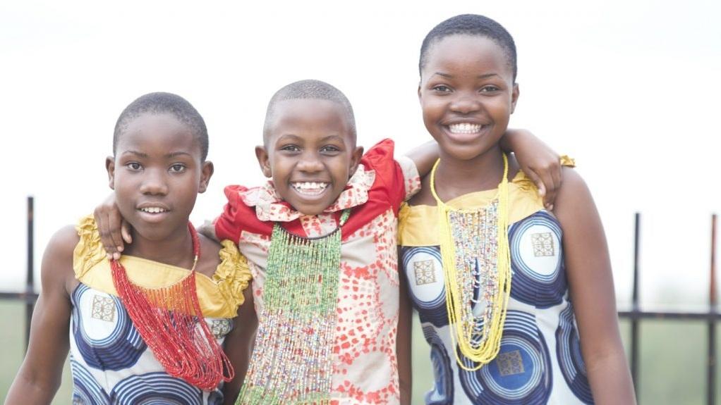 Kids-3-1440x575.jpg