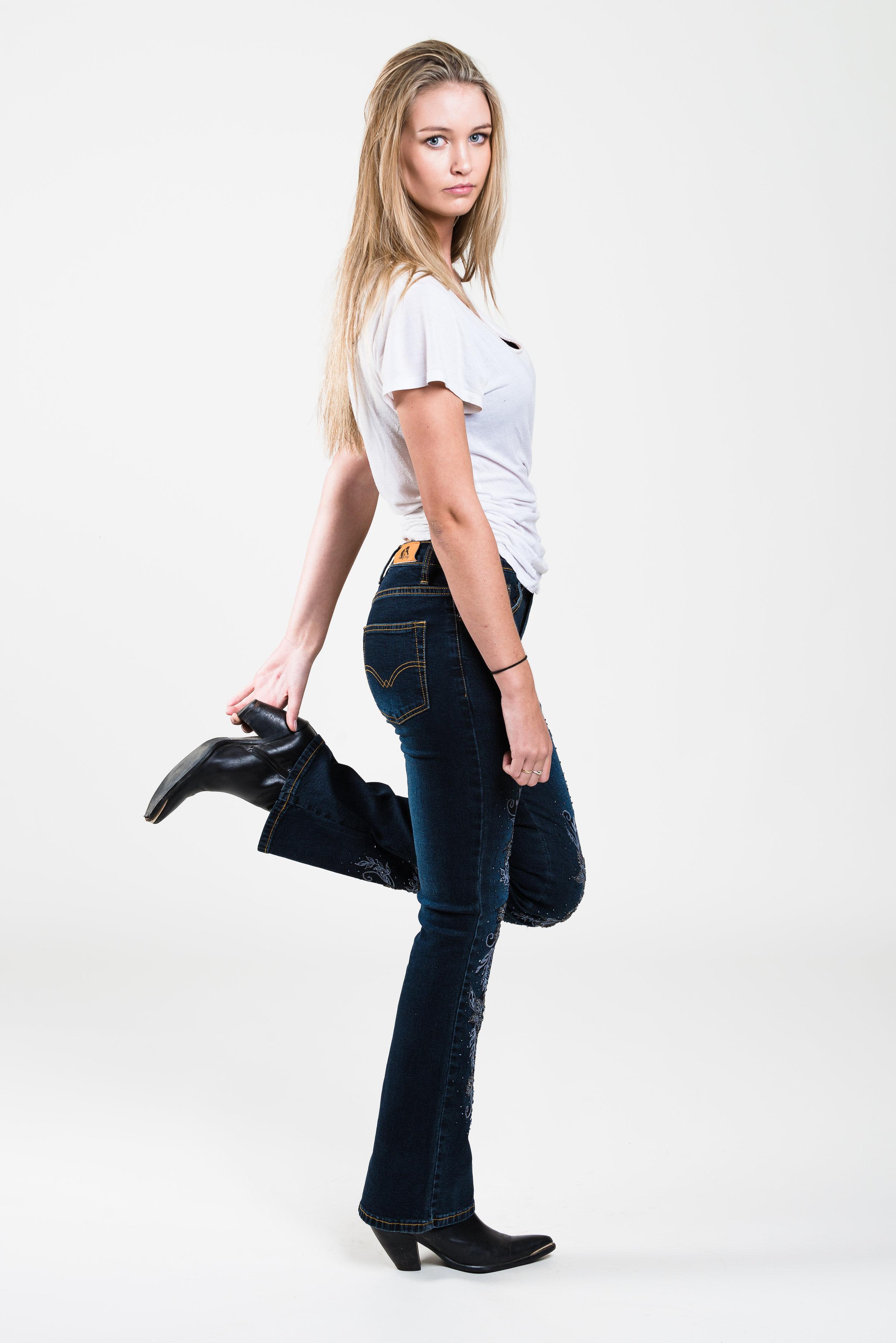 Gabi Jeans #1-38.jpg