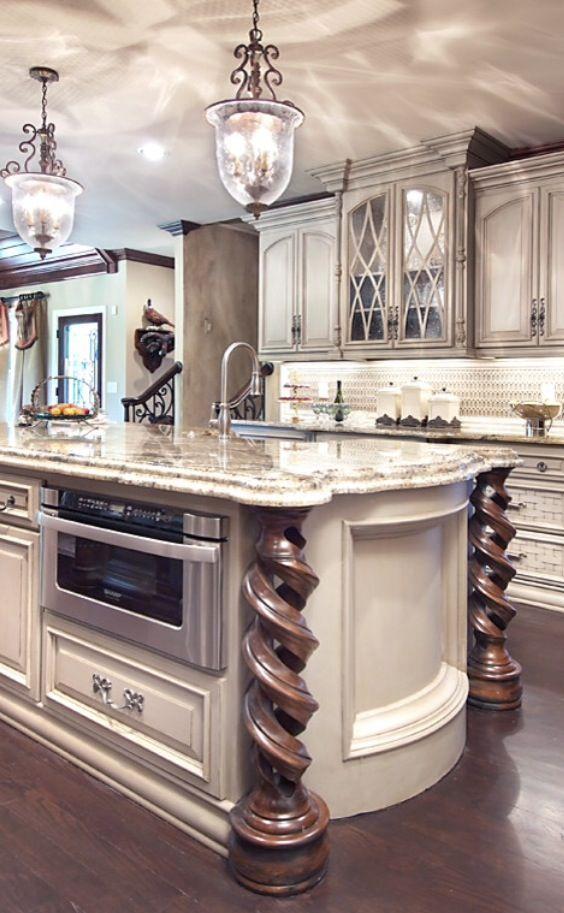 Luxury Home 14.jpg