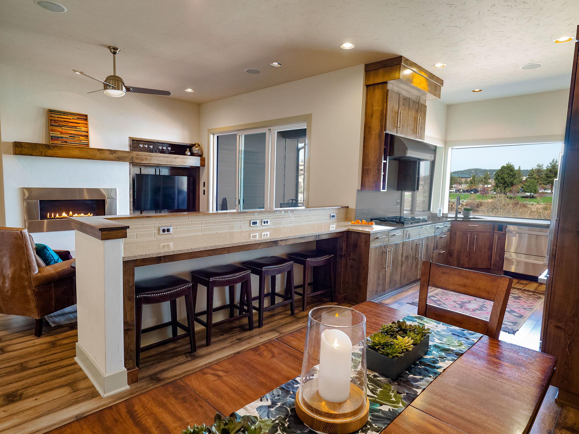 ashlie-rental-kitchen.jpg