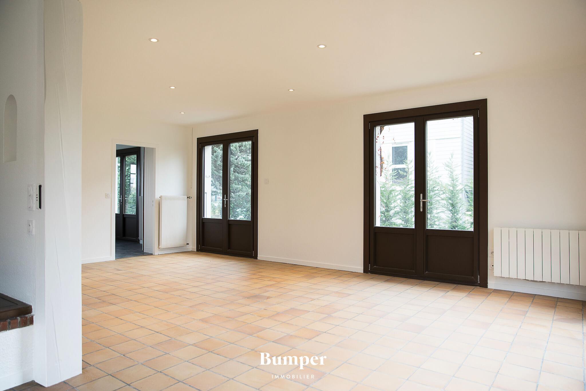 la-maison-bumper-immobilier-vente-achat-lyon-france-maison-segny-gex-geneve-1.jpg