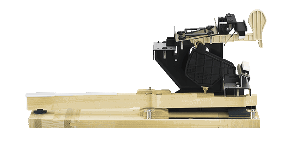 All Grand Hybrid pianos have the same wooden keys as Bechstein acoustic instruments,and a moving hammer mechanism designed with the same proportions and dimensions.