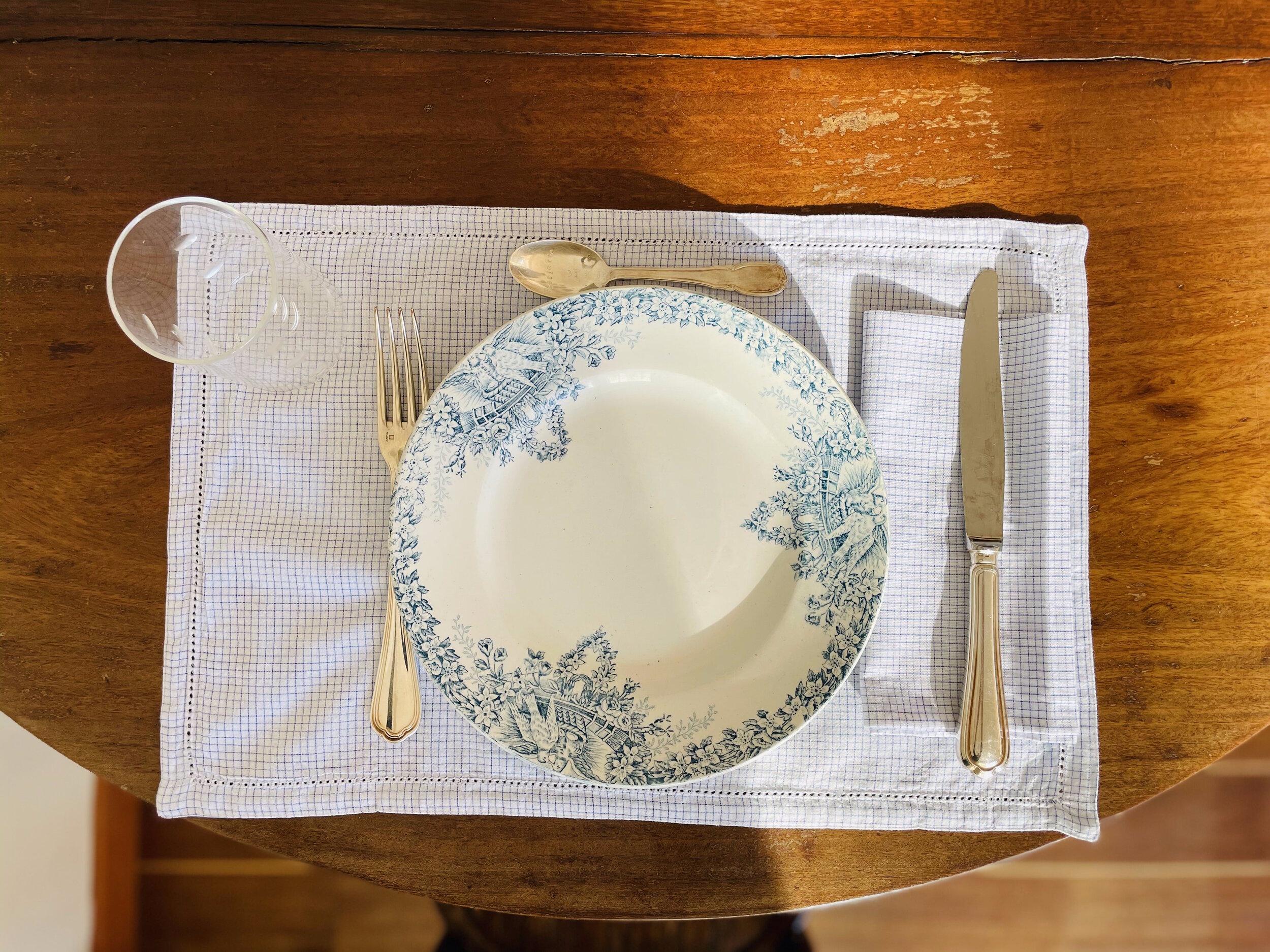 Set de table à carreaux bleus Paul, tissé à la main en Inde — Scarlette  Ateliers - Paris New Delhi