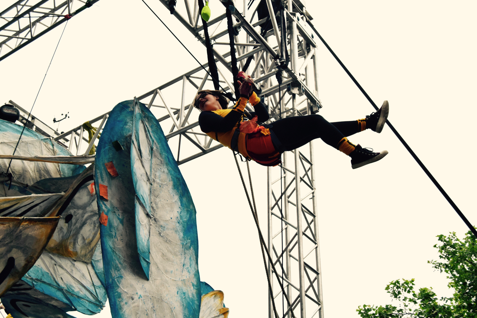 Counterweighted Aerialists