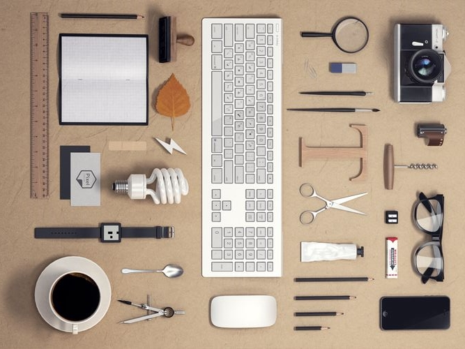 Knolling - things organised neatly