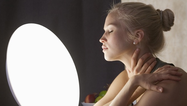 light-therapy-woman.jpg