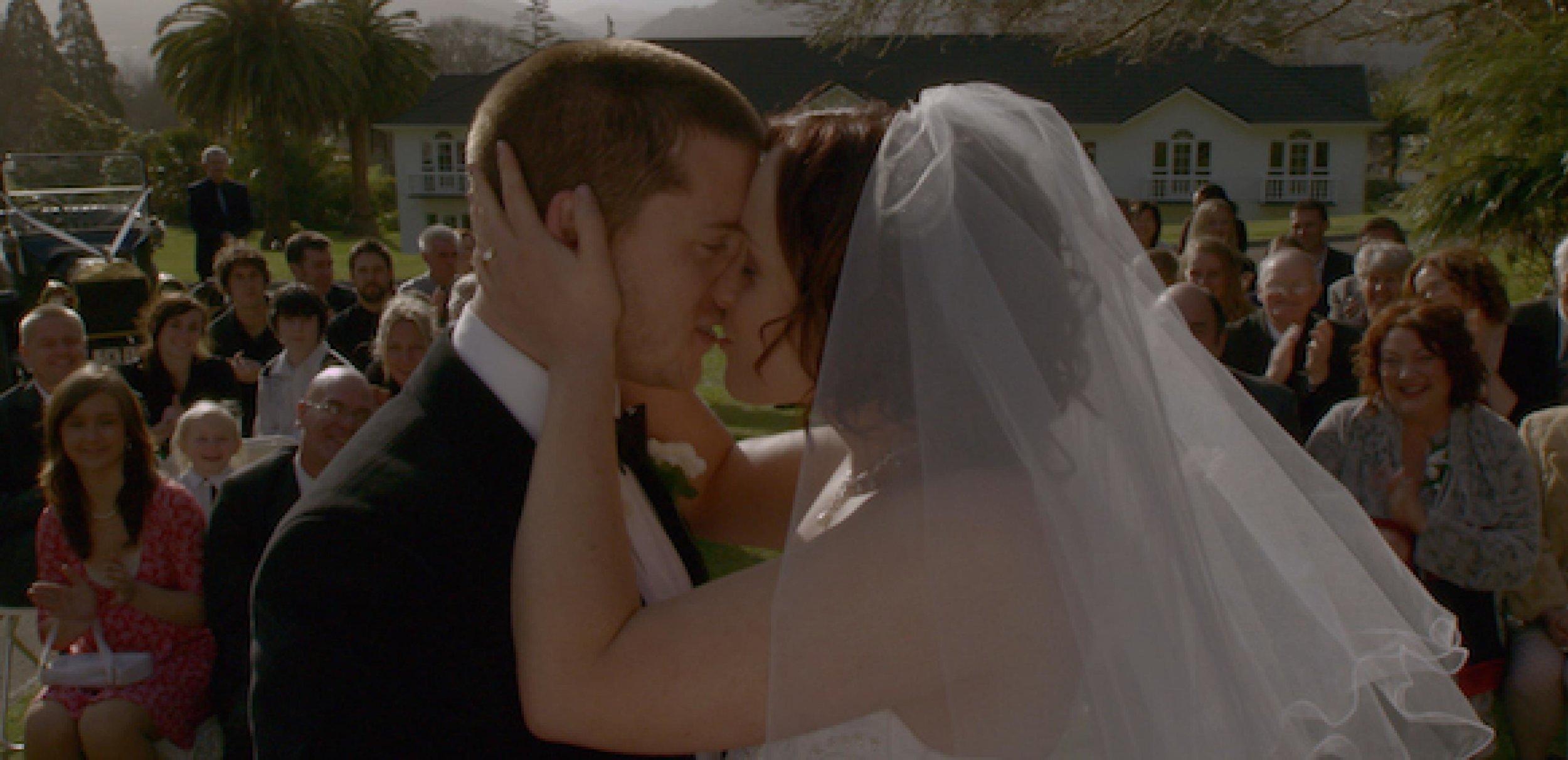 SECOND-HAND-WEDDING.jpg