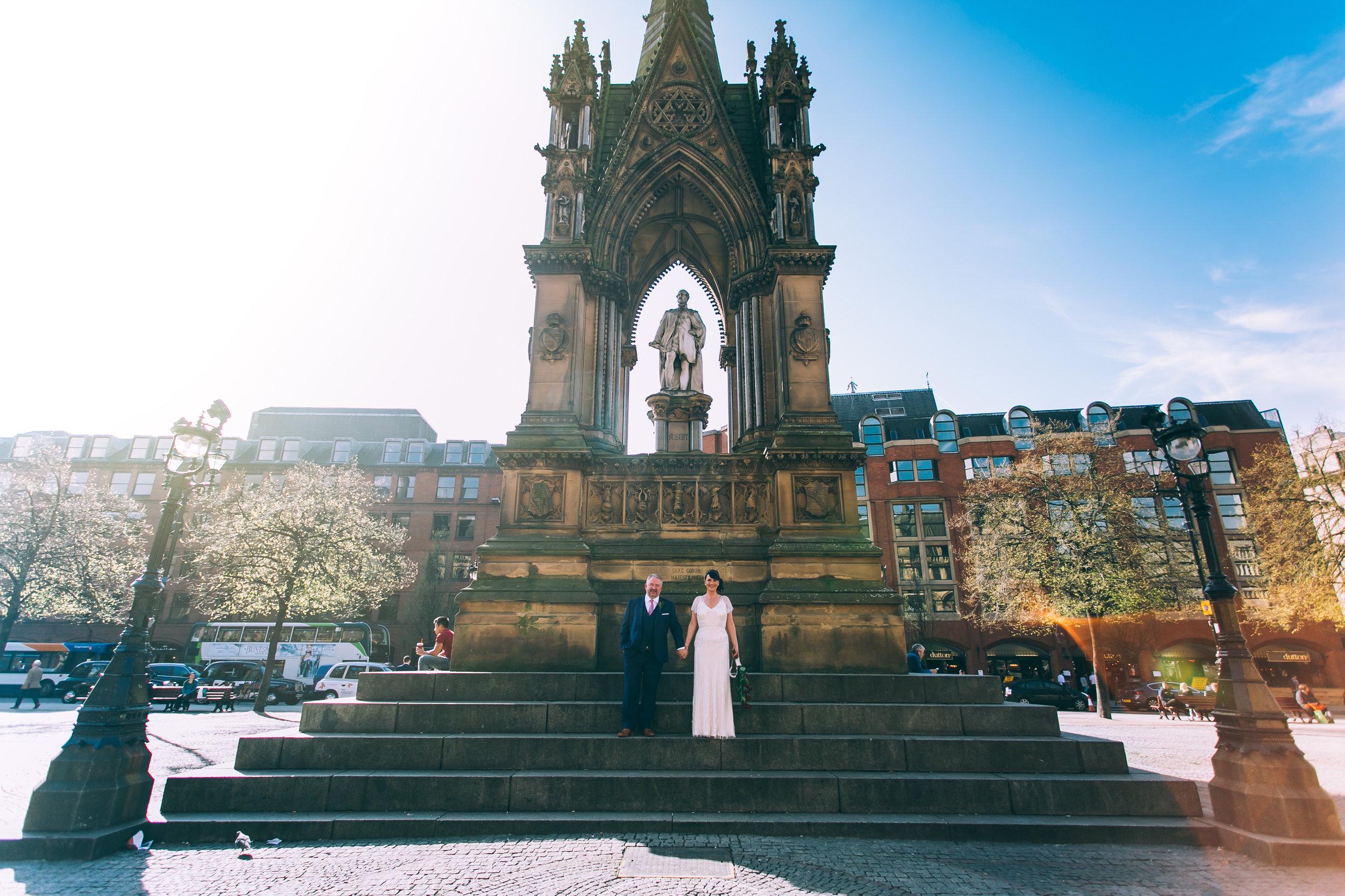 JayneandJohn-Wedding-at-Manchester-town-hall-manchetser-house-tom-biddle-tb179.jpg