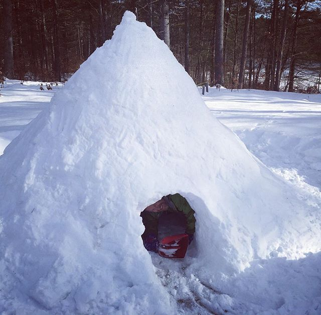 Our crew of arctic engineers testing out this #quinzhee on our campus! #adventure #outdoorclassroom