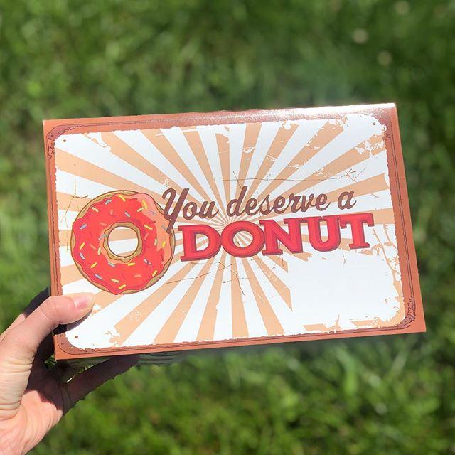 Great start to birthday weekend 🥓🍩 #donutsformiles #moesdonuts