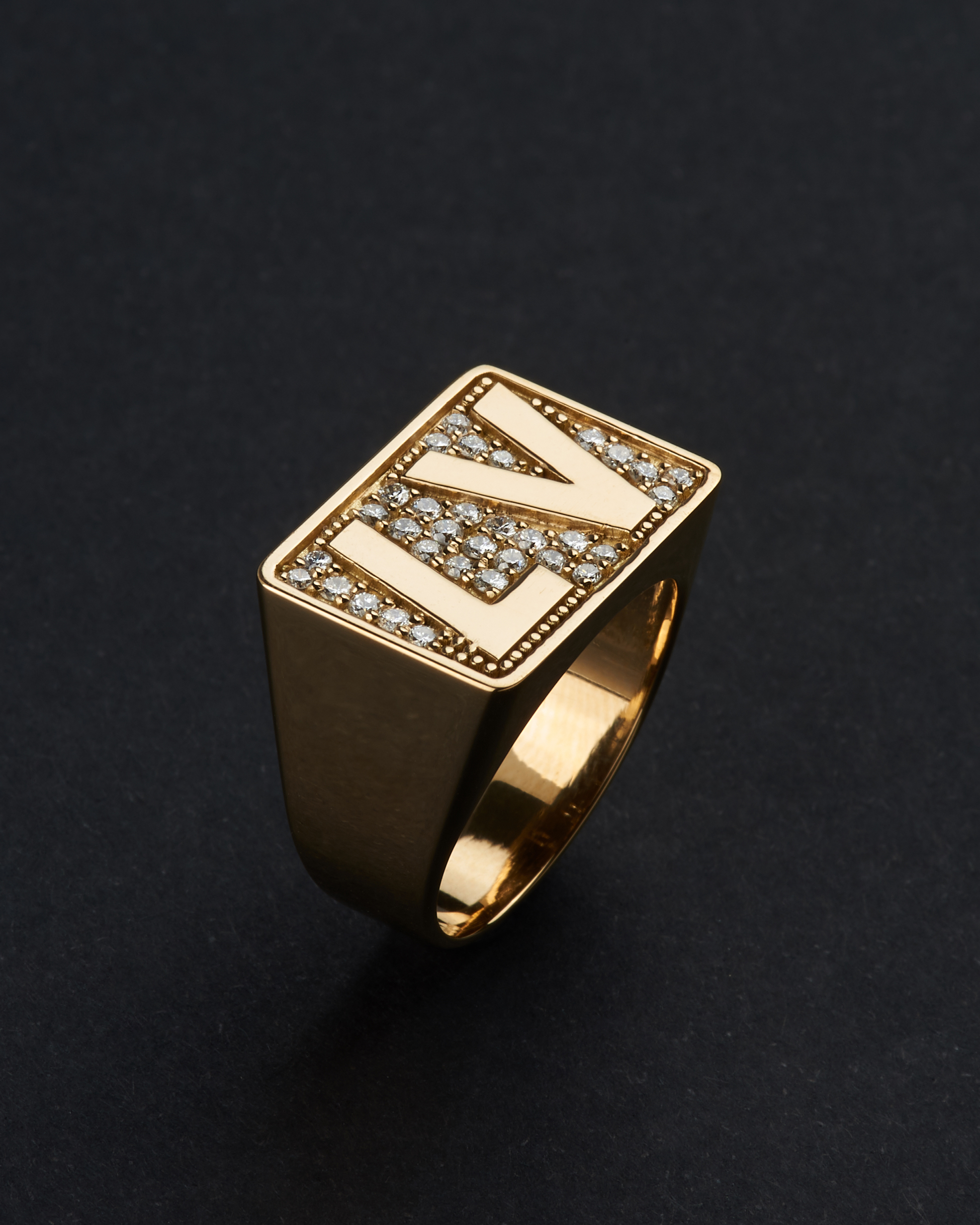 GOLD 18K & DIAMONDS