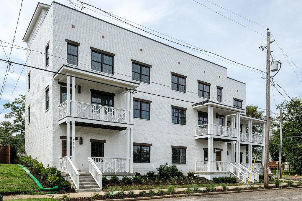 1625 7th ave N - Corner unit with unobstructed views of downtown Nashville!