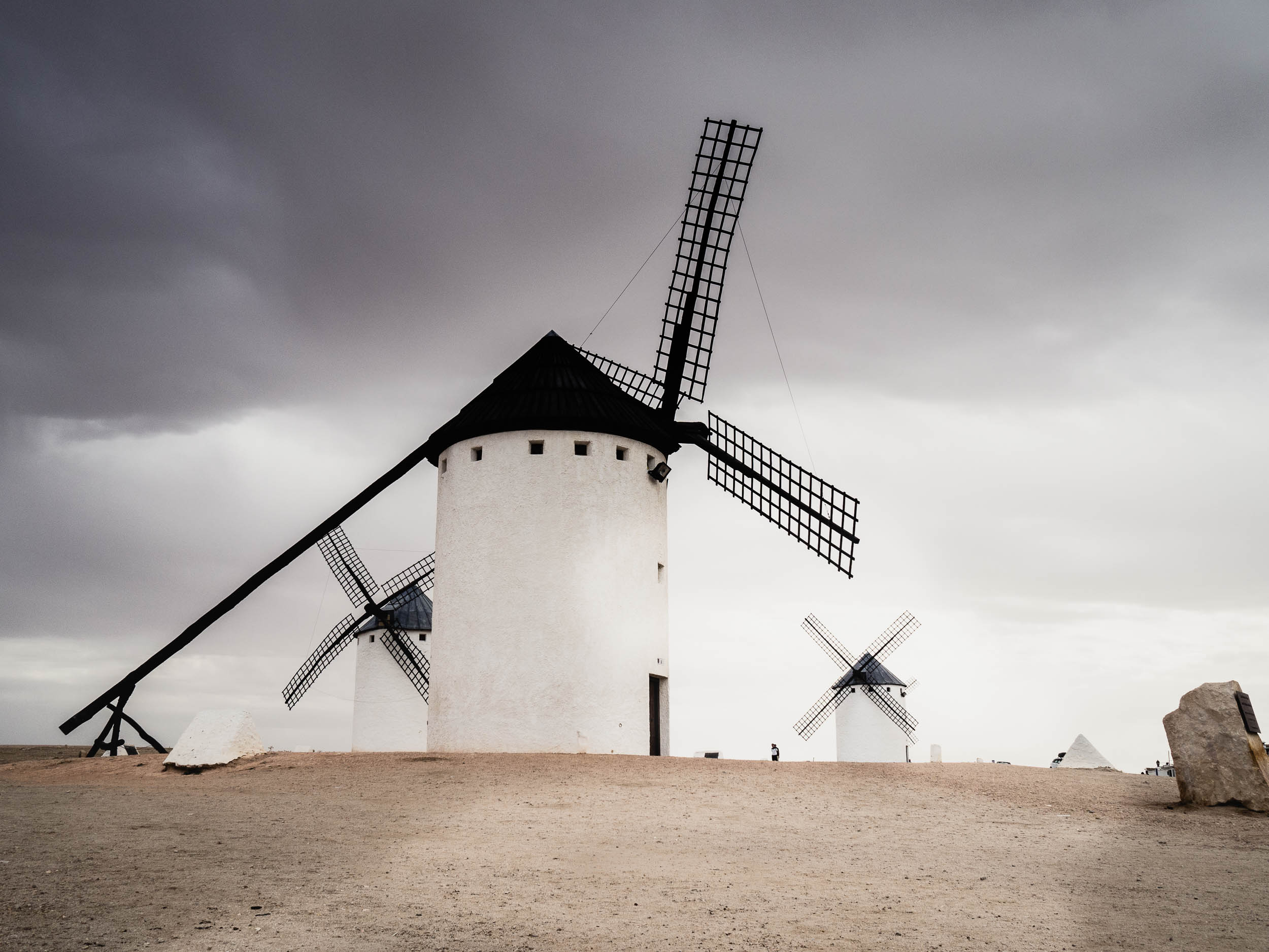 Windmills-8270142.jpg