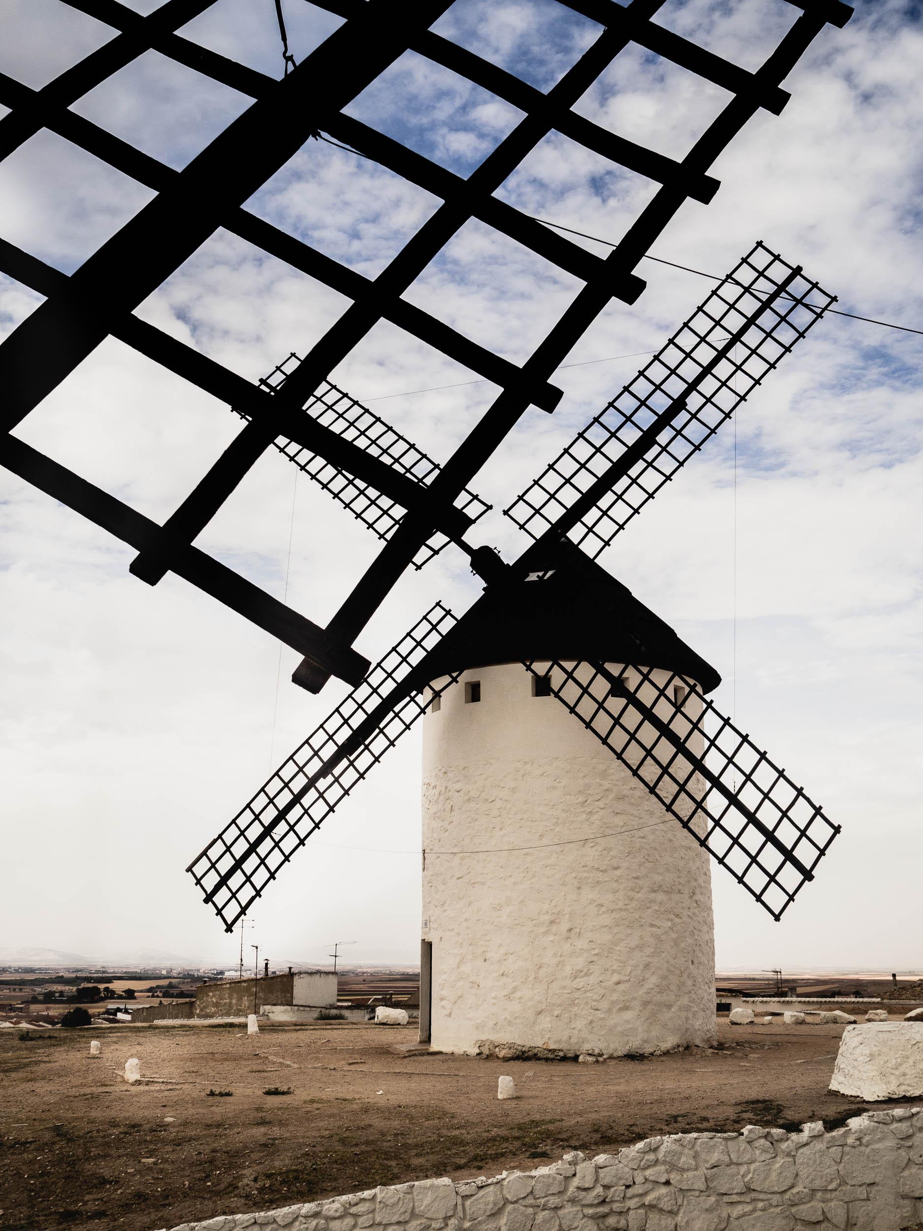 Windmills-8270146.jpg