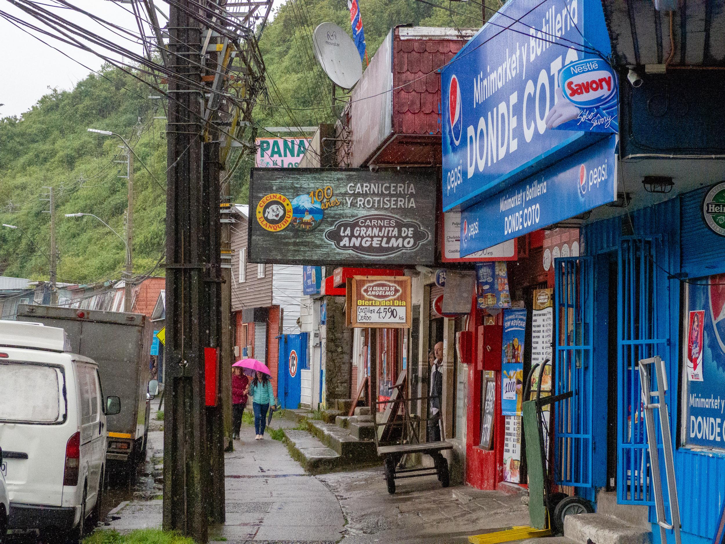 Puerto_Montt_Chile-210037.jpg