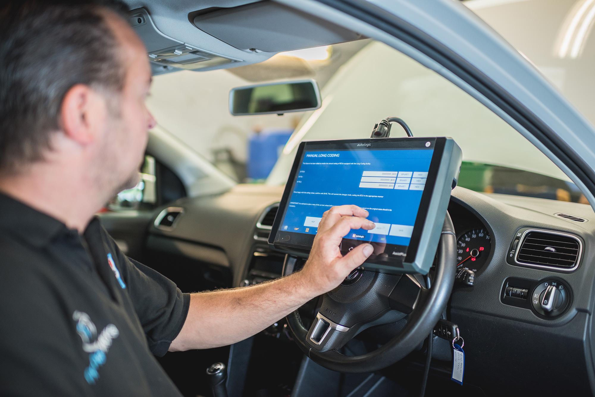 car-service-photography-diagnostics.jpg