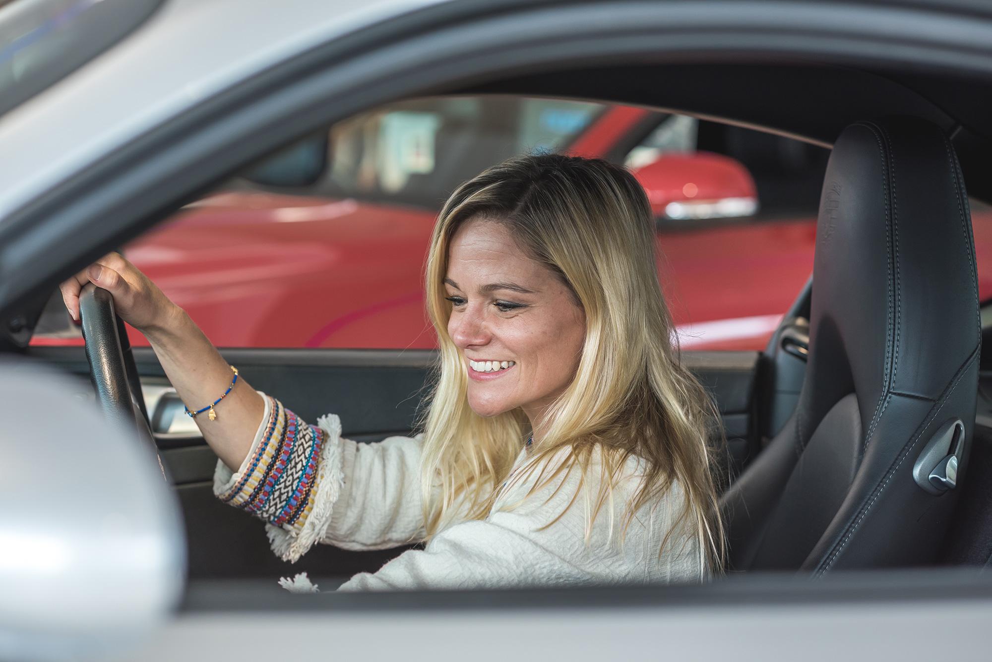 car-viewing-photography.jpg
