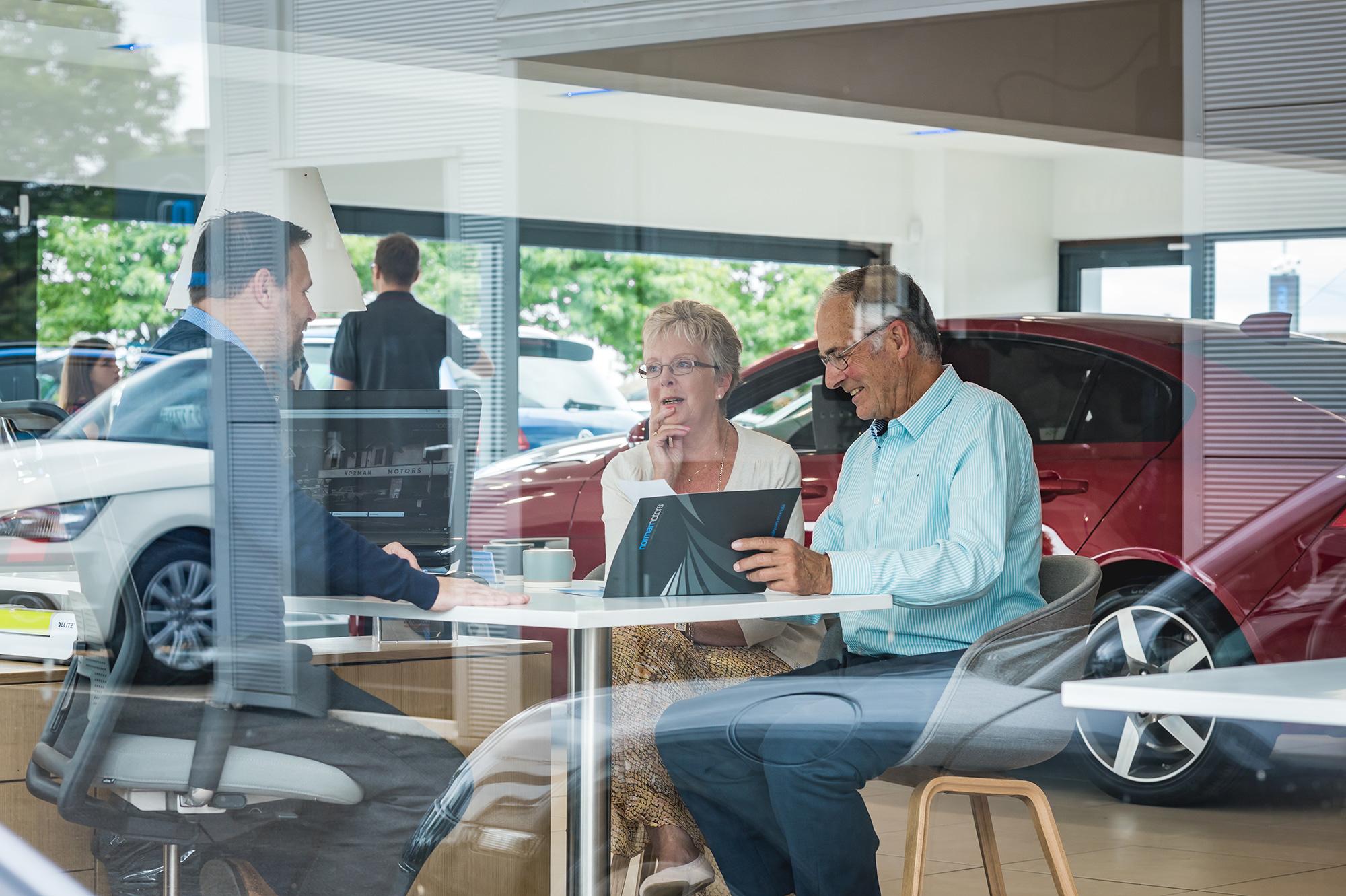 car-purchasing-photography.jpg