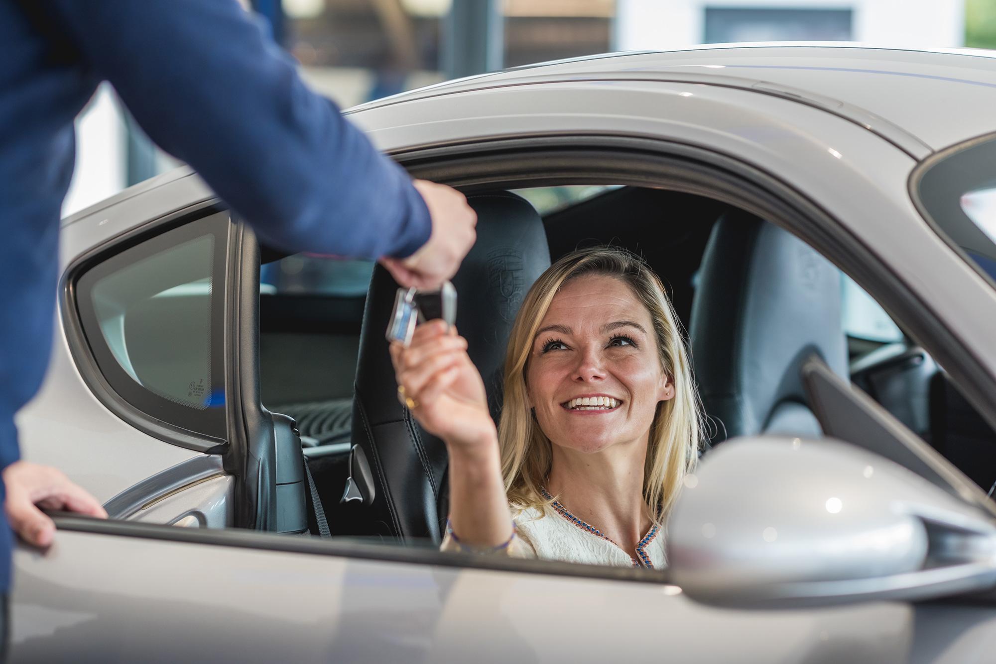 car-sales-photography-keys.jpg