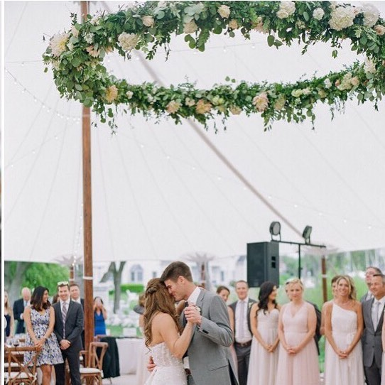 So many exciting mentions this week including this gorgeous wedding and beast of a floral chandelier at @easternshorewedding . Head over to their page and click the link for more! . Photography @jodiandkurtphoto   Venue @innatperrycabin   Planning & Design @kaririderevents   Tent @easternshoretents   Rentals @whitegloverentals   Linens @latavolalinen   Invitation & Paper Goods @stephanieb_design   Band & Ceremony Musicians @sly45band   Hair & Makeup @amiedeckerbeauty   Bridesmaid's Dresses @hayleypaigeoccasions   Floral Design @crimsoncloverfloral #ccflorals . . . . . #myeasternshorewedding #floralchandelier #hangingflowers #flowerinstallation #tentwedding #weddinginspo #bestflowershop #easternshorewedding ⠀⠀⠀