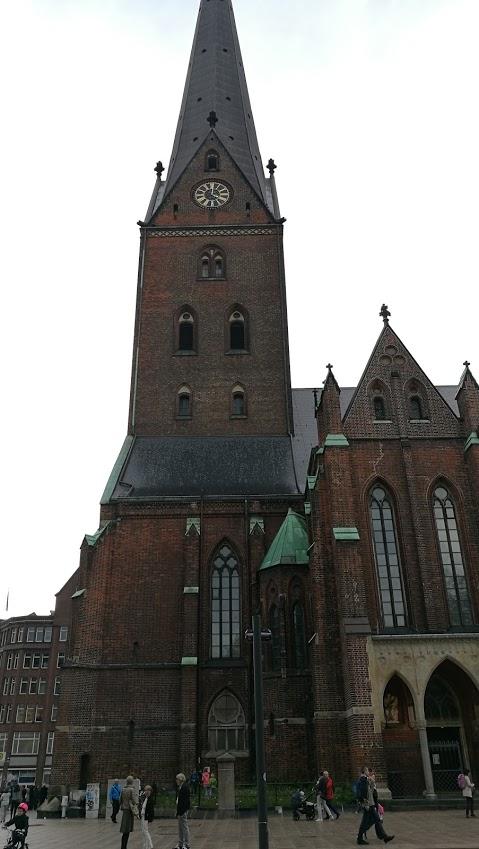 kirke2.jpg