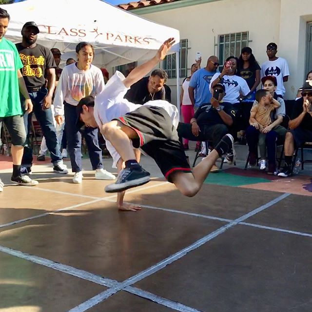 Caught up in the moment during the team battle. Fresh snaps. @toonz_concreteallstars @bboybebo @logistx_ugf @mrguillotine2012 @jhonnyb.bad @fantasticpatrick @kidflight @culture_la @calartscouncil @lacountyarts @lacityparks
