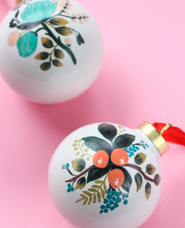 diy_temporary_tattoo_ornaments-sideDetail.png