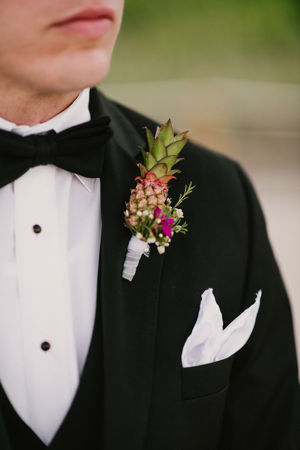 How awesome is this dwarf pineapple boutonniere!?