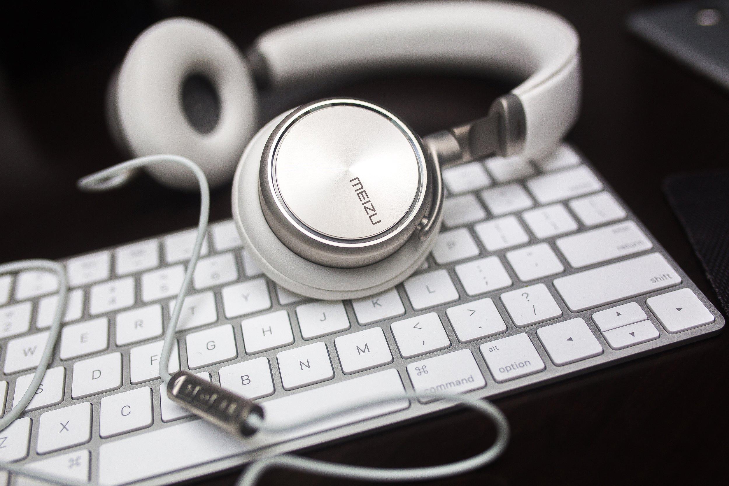 Videos | Podcasts    Hören Sie rein in kleine Videos und Podcasts rund um das Thema Coaching und Psychotherapie.