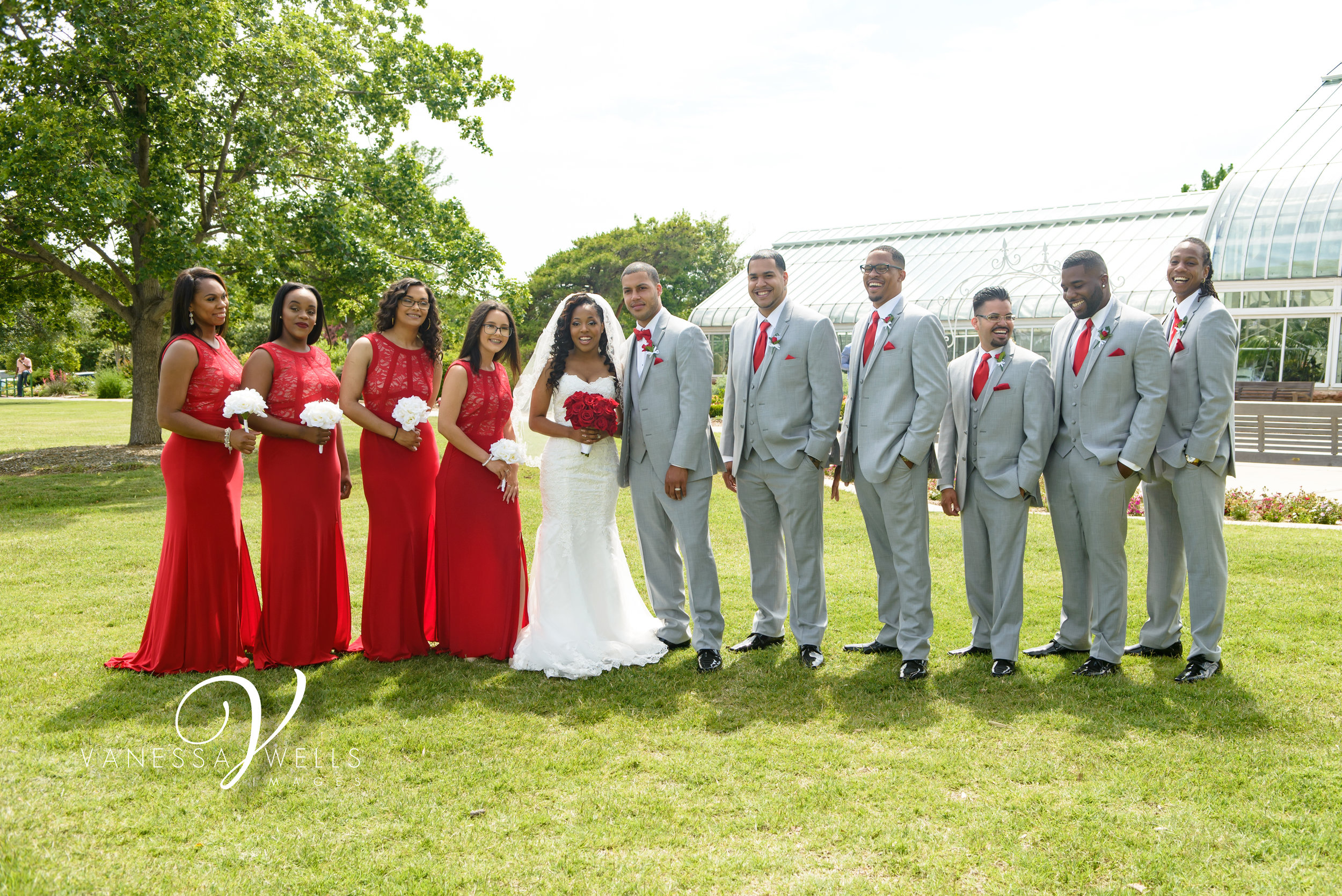 Bridal Party Wedding photographer in OKC Will Rogers Garden