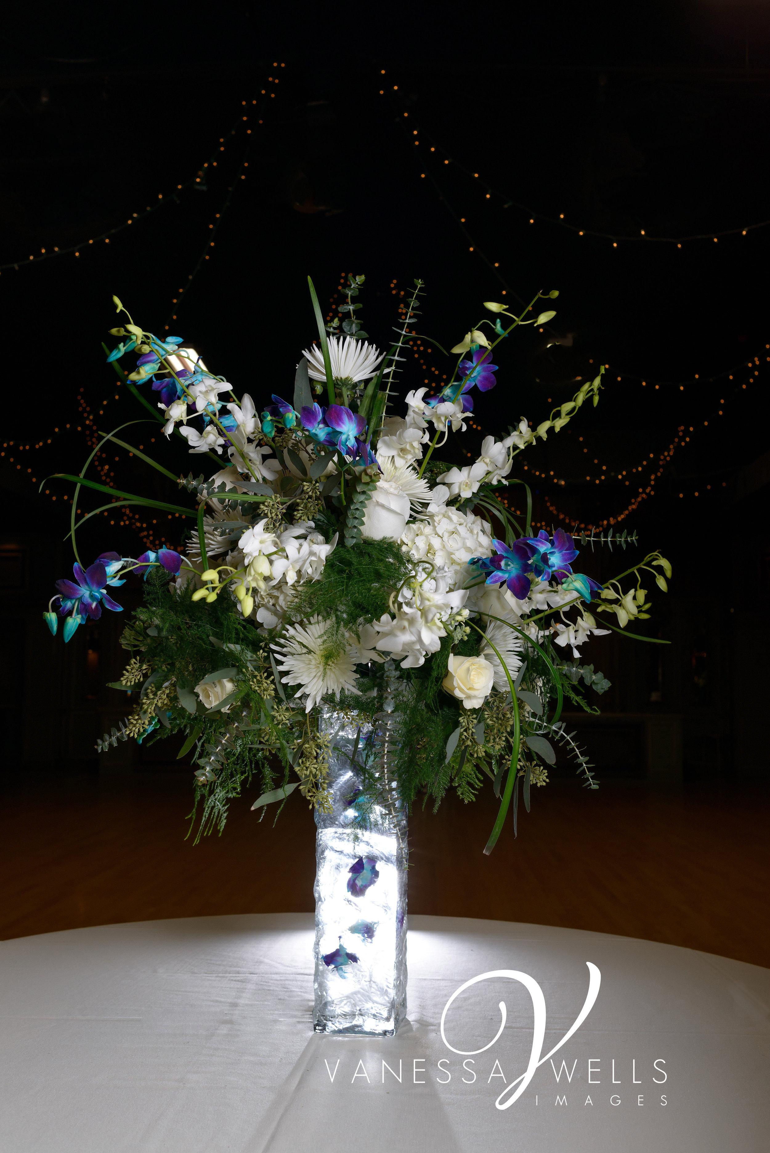 Table Decoration, The Palace Event Center, OKC wedding photographer