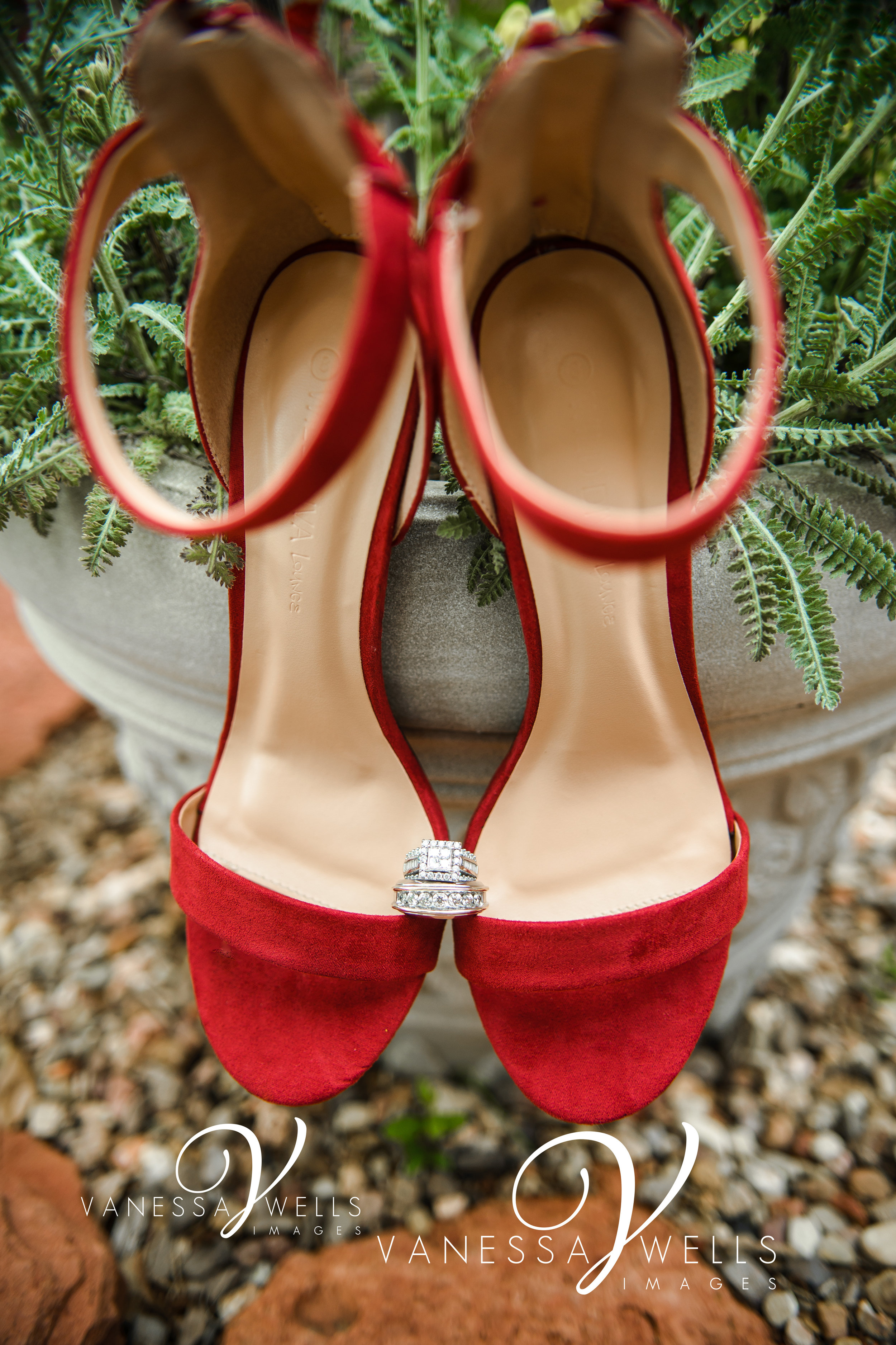 Wedding Photographer in OKC Will Rogers Garden Shoes