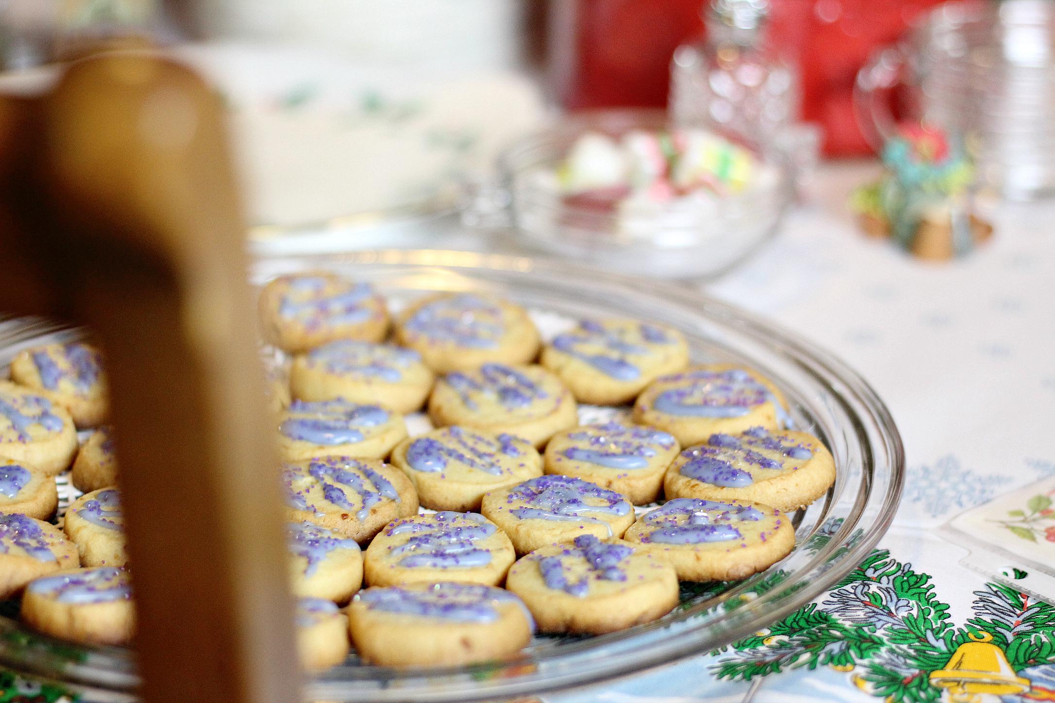 Lemon Lavender Shortbread (Holiday Style)