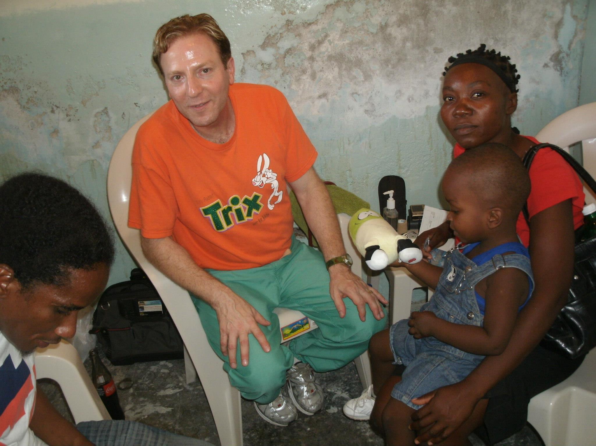 doctor joe papotto haitian team.jpg