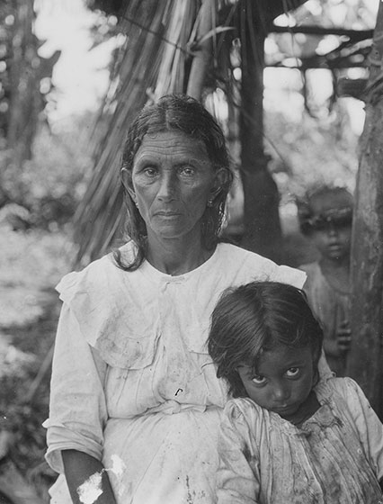 Mark Raymond Harrington  This woman (likely Luisa Gainsa) and child are from a Native community near Baracoa, Cuba, whose members today work with researchers to document their history and culture.  National Museum of the American Indian, Smithsonian Institution (N04469). Photo by Mark Raymond Harrington, 1919.