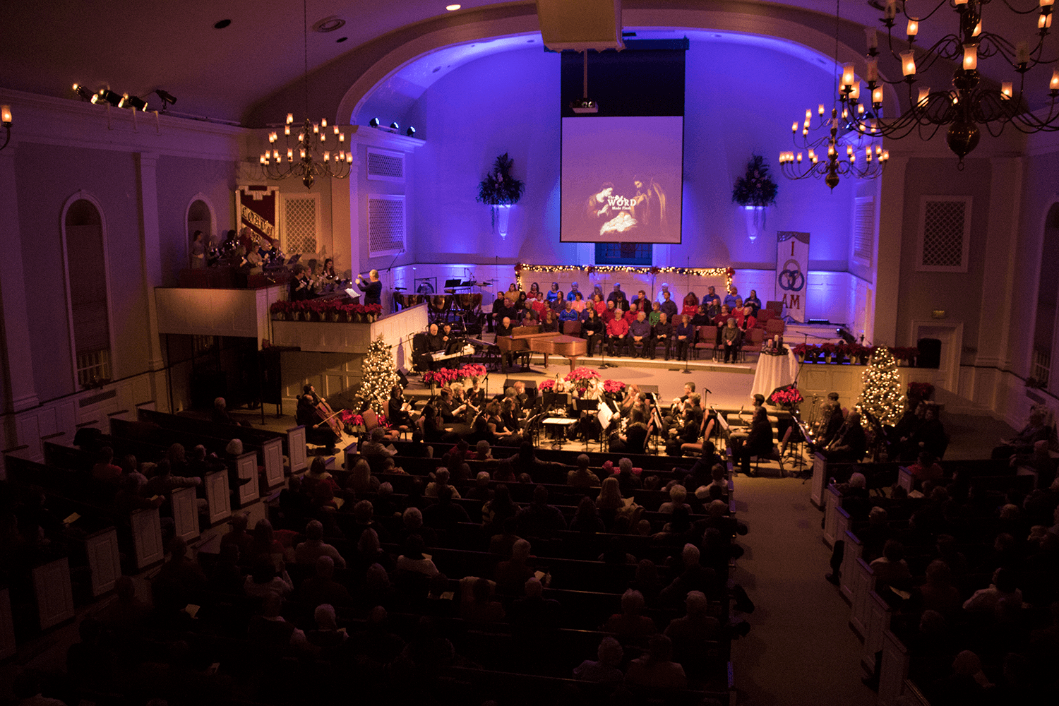 2016.12.11 Christmas Production (18-135mm) 0001.png