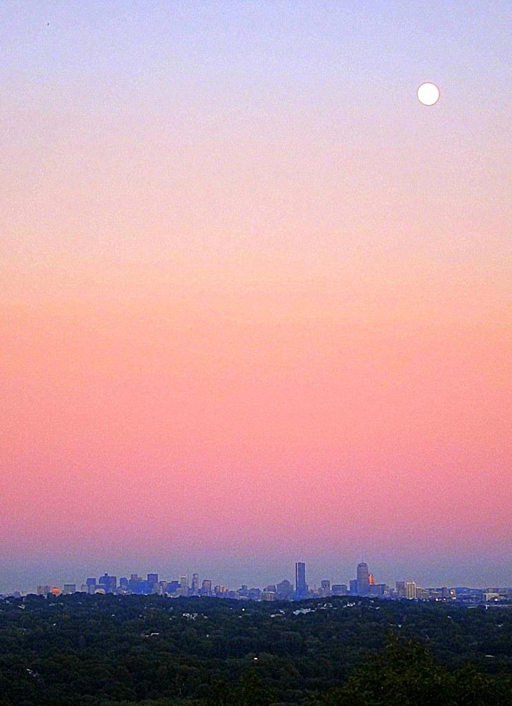Boston Under the Full Moon | photo: Rob Vandermark