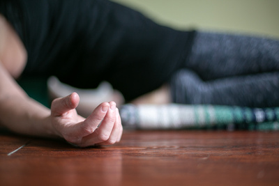 Yomassage is a perfect opportunity to find relaxation, help you de-stress in between your massage sessions and enhance your self-care practice.