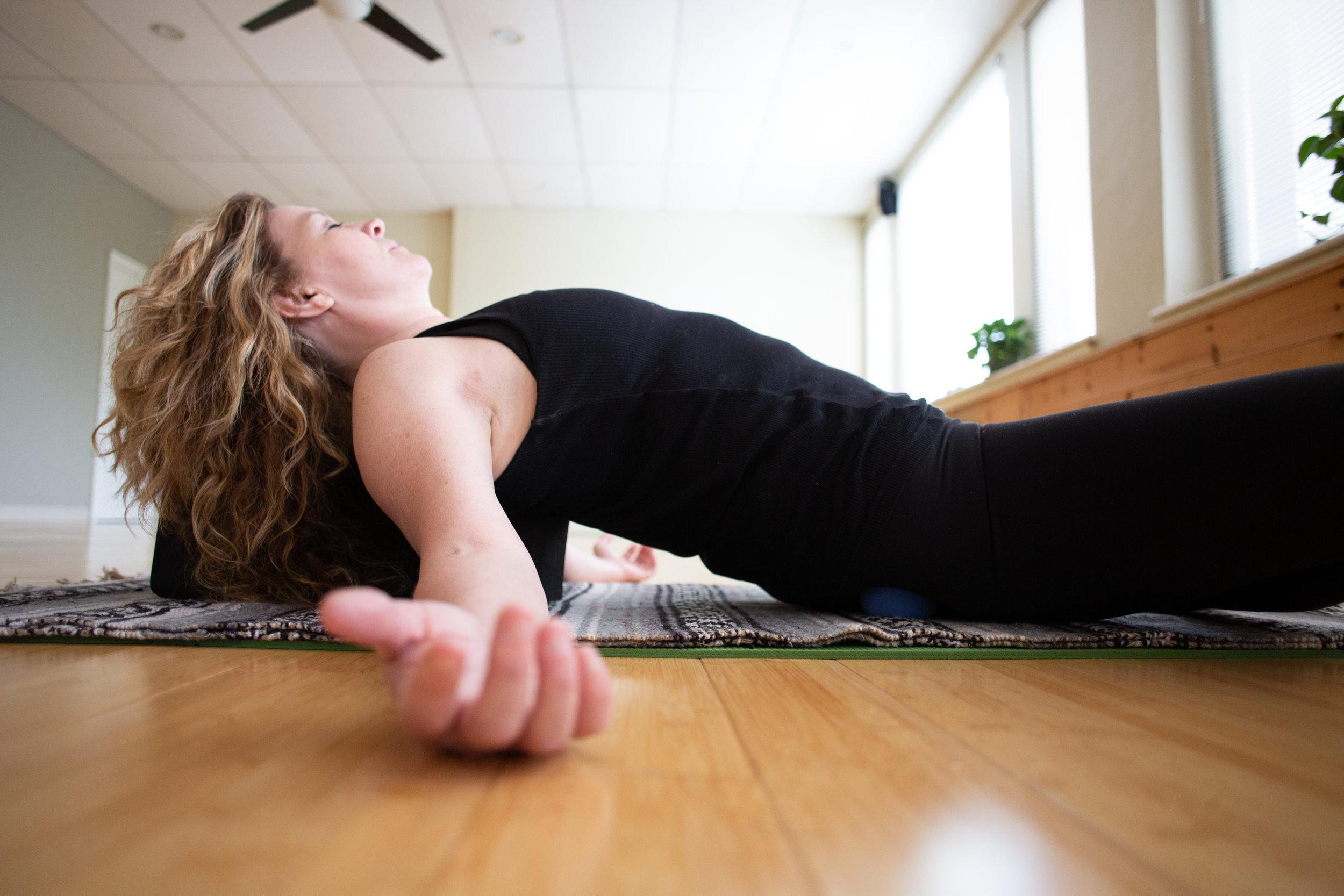 Katy Kern by Avi Loren Fox LLC at the Yoga Garden Narberth-138.jpg