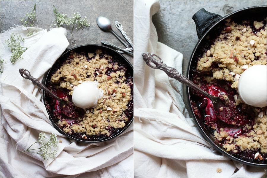 How to make vegan blackberry crumble - The Little Plantation
