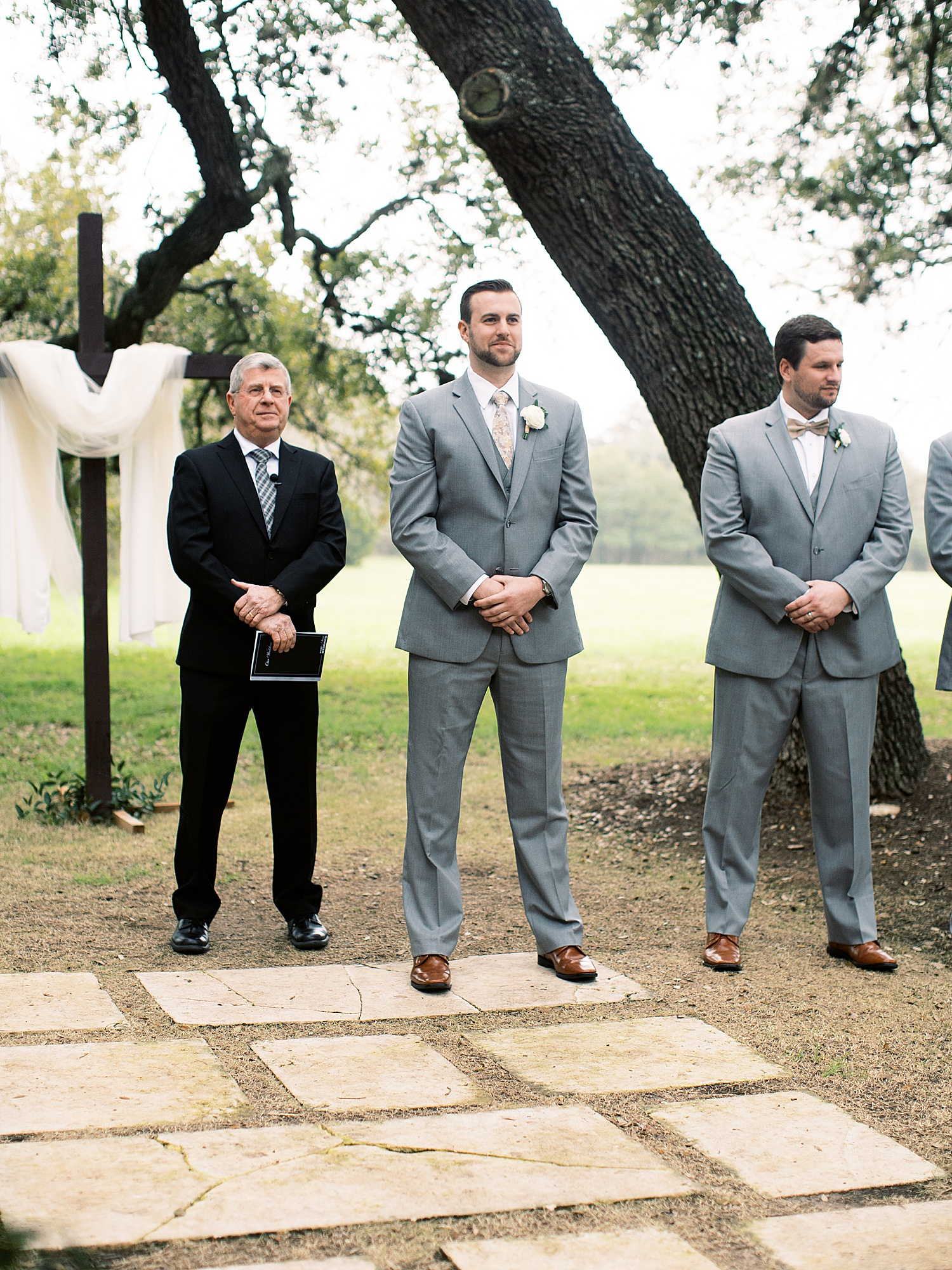 Austin Texas Spring Vineyard Wedding_0016.jpg