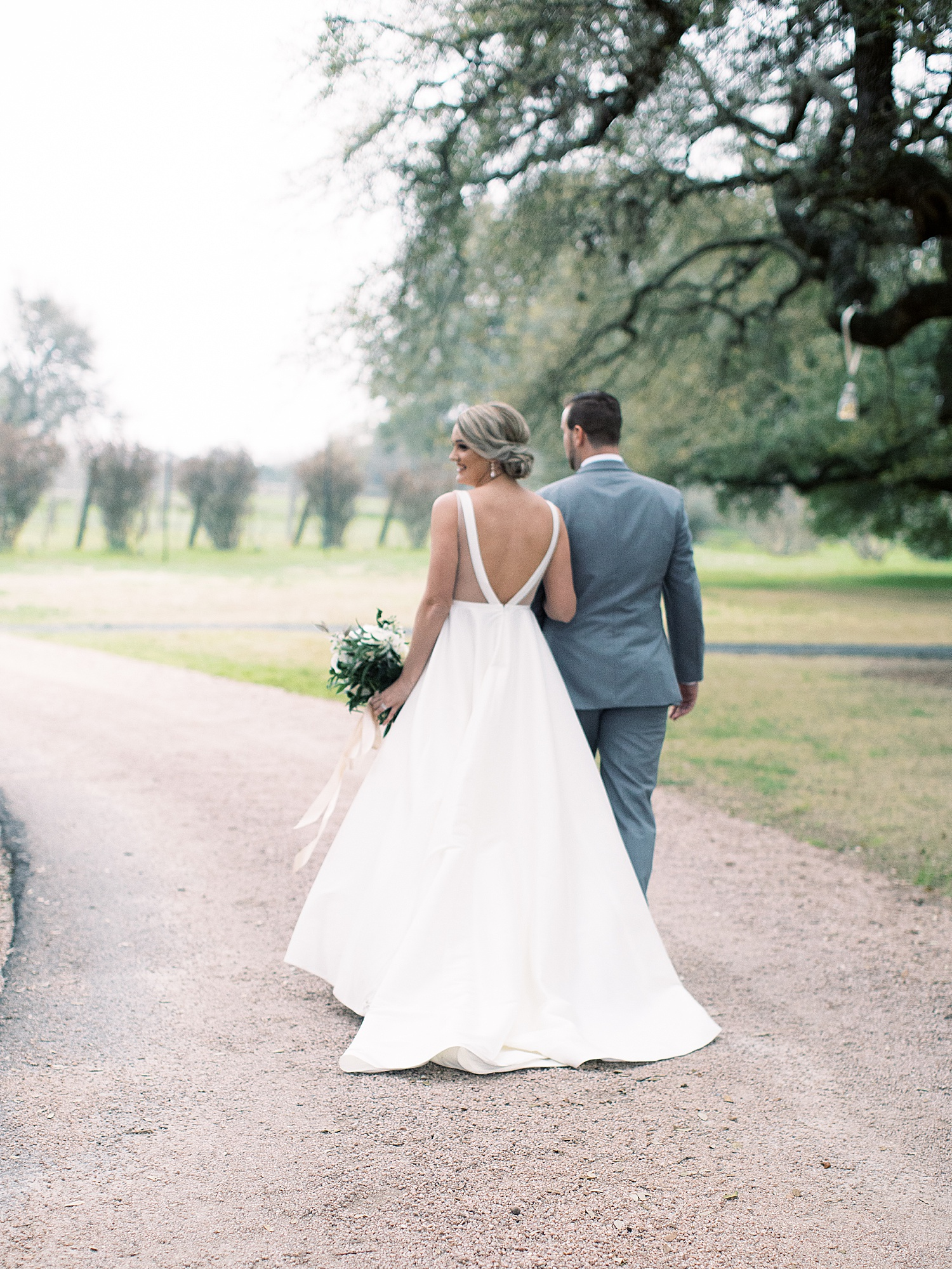 Austin Texas Spring Vineyard Wedding_0024.jpg