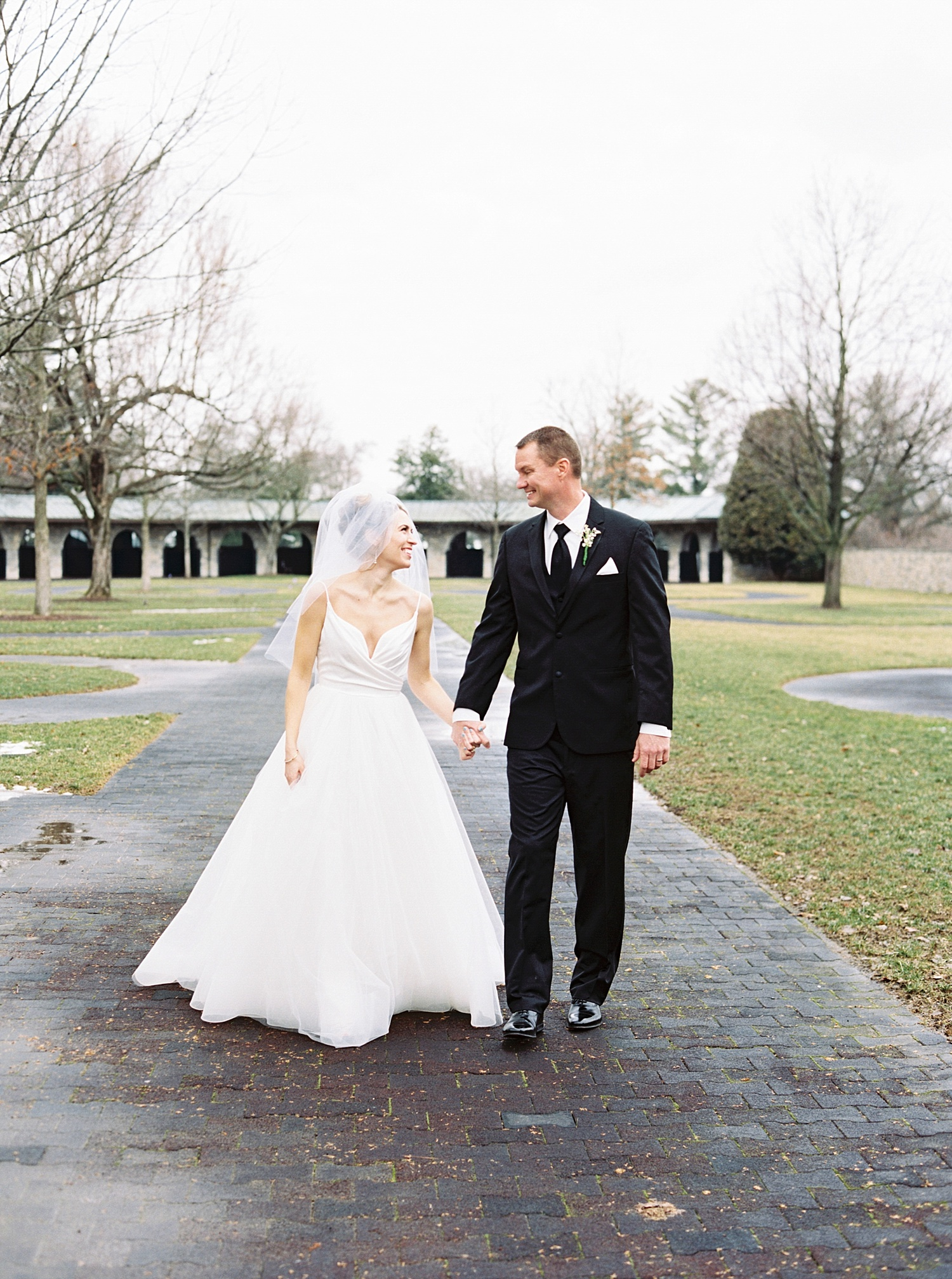 Lexington Kentucky Keeneland Brunch Wedding Laura Bodnar Photography_0023.jpg