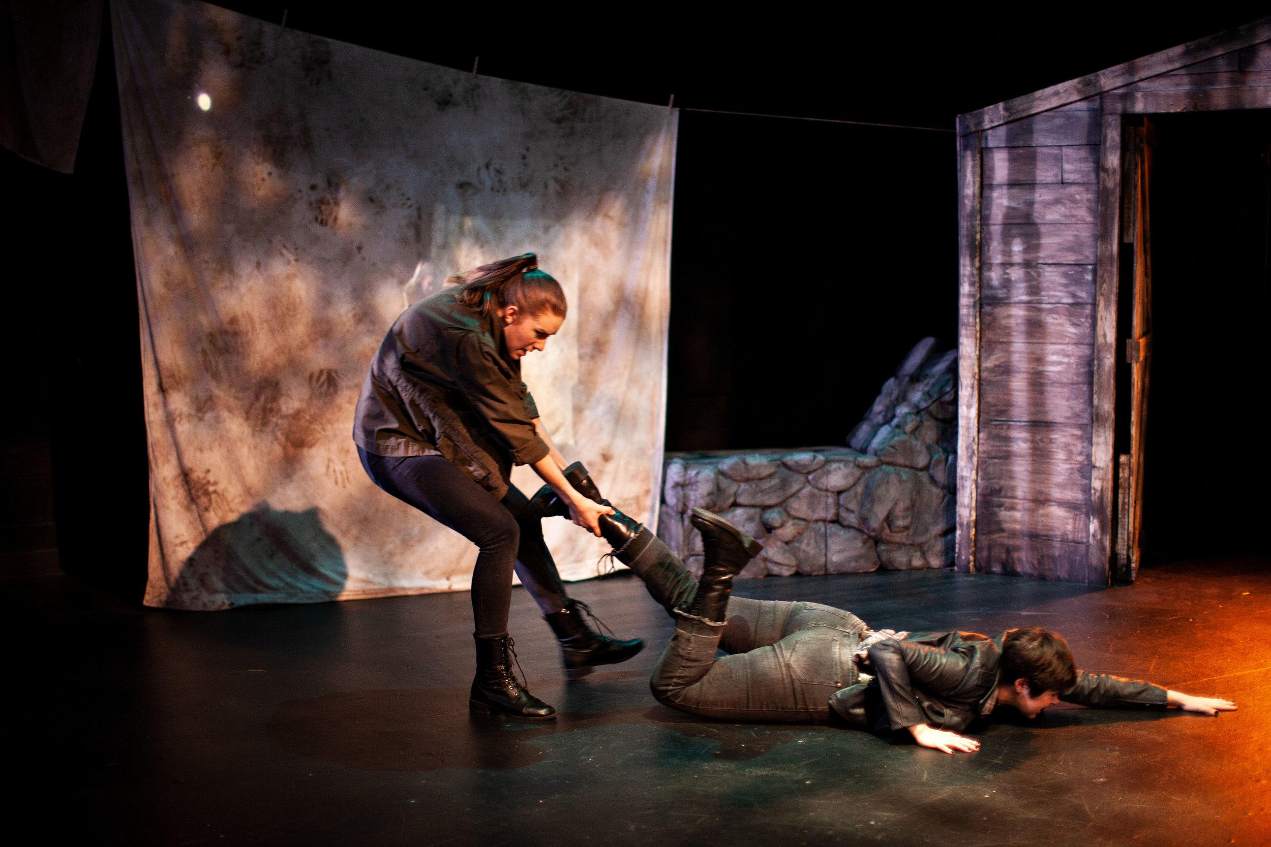 Macduff Macbeth Fight 4.jpg