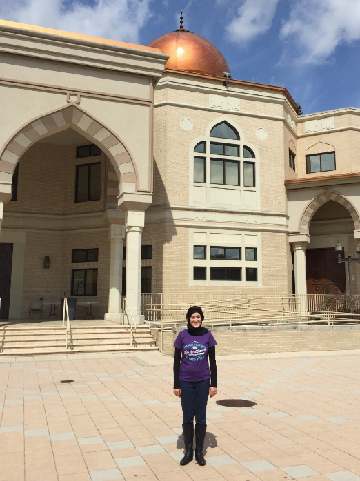 This photo was taken when Anastasia visited the mosque in Atlanta recently. (She intends to write about this visit soon - be checking her    blog    to hear the story.)
