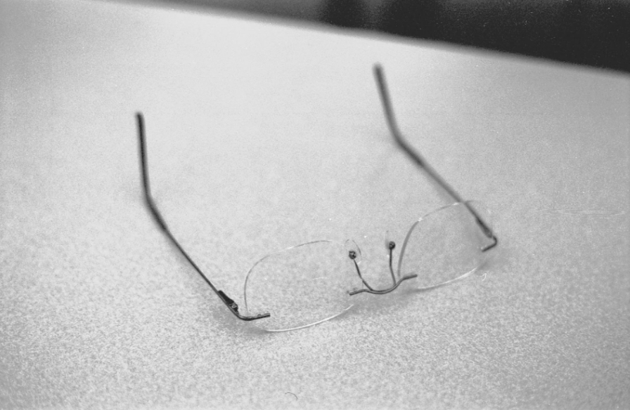 Participant 17, Photo 2: Glasses  The glasses speak to noticing that the fear was unnecessary, it is my own overthinking. The exams are not as terrifying as my fear tells me. Glasses tell me to look at what actually happened in the experience. Fear is disproportionate, it is important to look at our own catalyzing.
