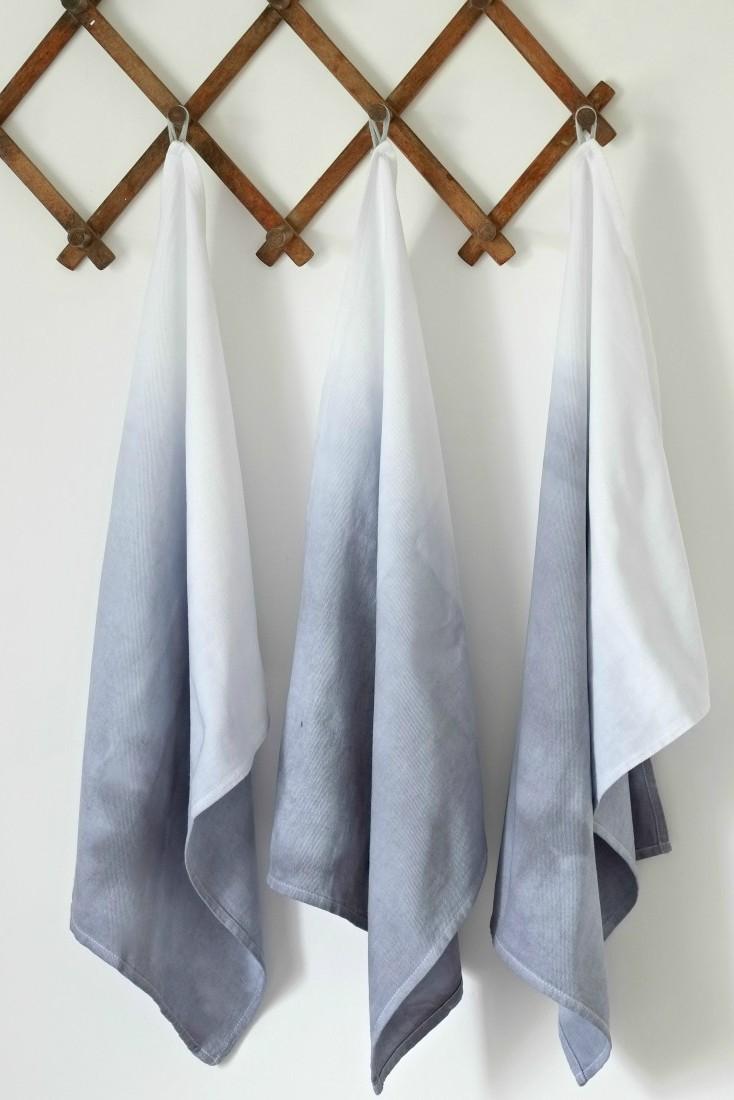 gray dip dye.jpg